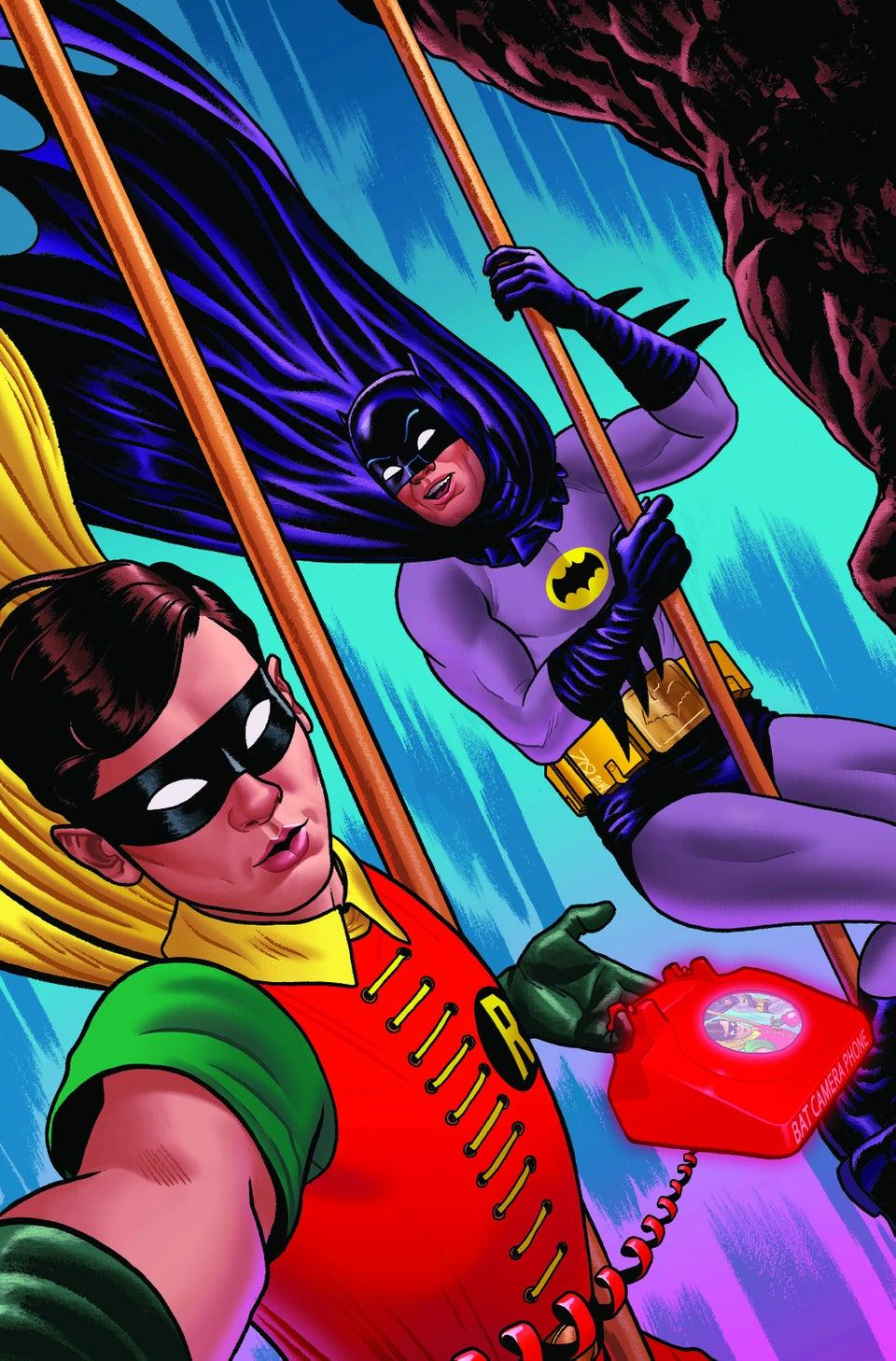 1-12 - [DC COMICS] Publicaciones Universo DC: Discusión General Batman66selfiequinonessmalljpg-0d228e_960w