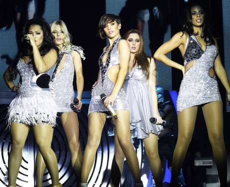 Gira por arenas >> All Fired Up Tour - Página 7 The-saturdays-all-fired-up-live-tour-dress-rehearsals-12-1322828855-view-1