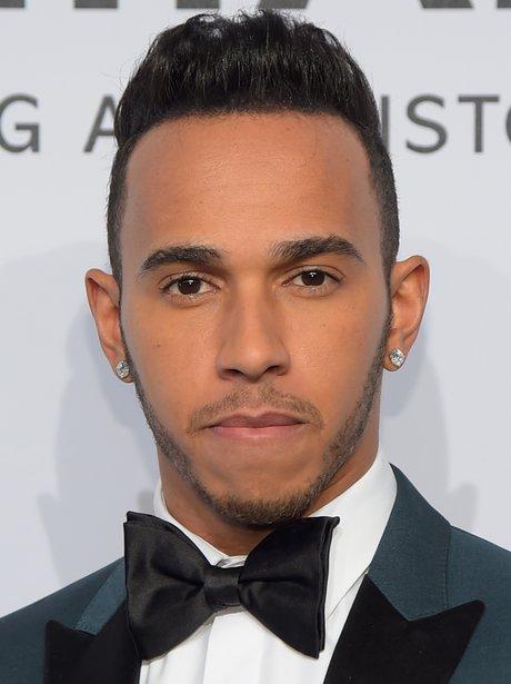 ¿Cuánto mide Lewis Hamilton? - Estatura y peso - Real height Lewis-hamilton--1424962116-view-1