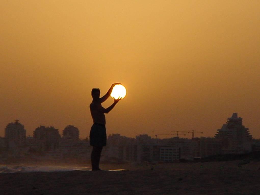 L'homme et le Soleil ... - Page 3 Homme%20soleil