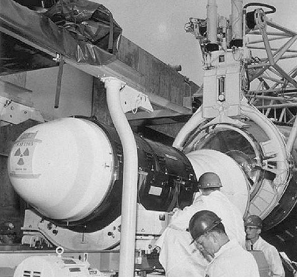 Cap Canaveral - LC-13 & LZ-1 MK-2%20avec%20W-38%20pour%20Atlas