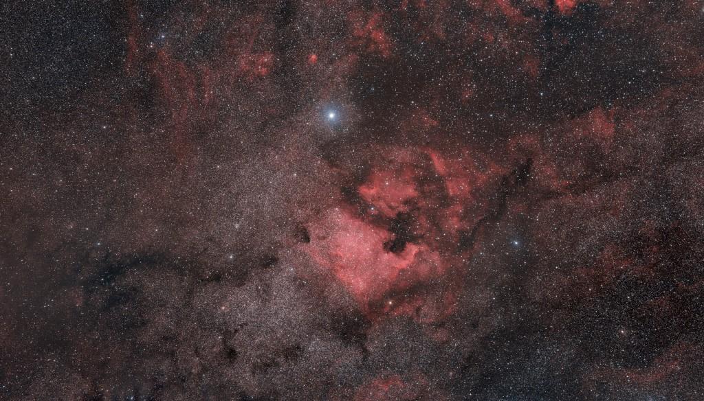 Le Cygne, le Sagittaire, Rho Ophiuchi au A7s 135mm Ngc7000_A7s_135mm_1Mp