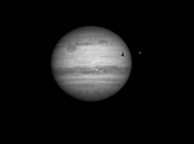Jupiter le 31 aout en N&B ou en couleur Crbst_vid48_20100831_031434_ST467.png