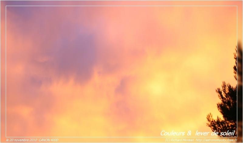 Lever de soleil coloré Crbst_ciel-bleu3_cadre
