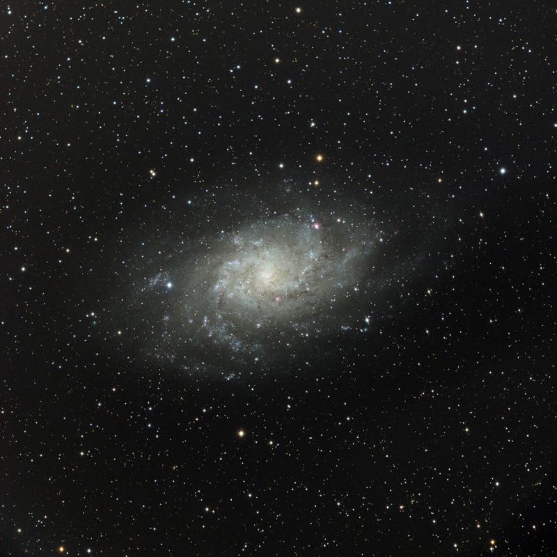 Ciel profond d'automne - Page 5 CCD-M33e