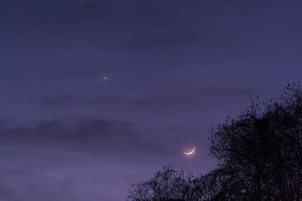 Rapprochement Lune, Venus et Mars du 20/02 150220-18h30-Lune-Menus-Mars