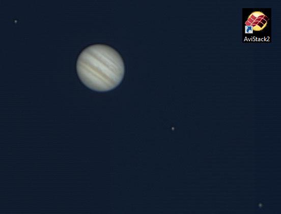 Petit test traitement planétaire Jupiter_AVIstack_bf