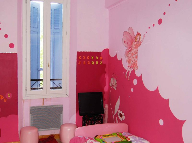 chambre d'anges papillons (dessin sur mur ) Thalya3