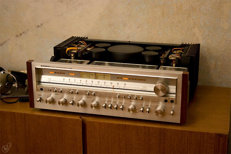 Ayuda inicio tema vintage - Página 4 Pioneer_sx-1250_01