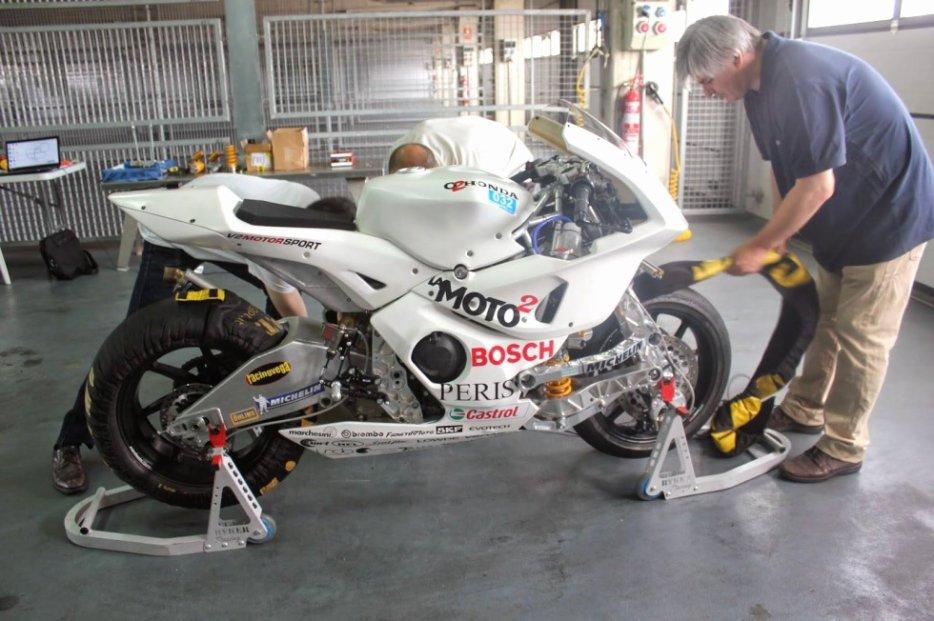 fourche - [Moto2] Projet LaMoto2 - Page 6 3218469107_2_2_kAjMMysx