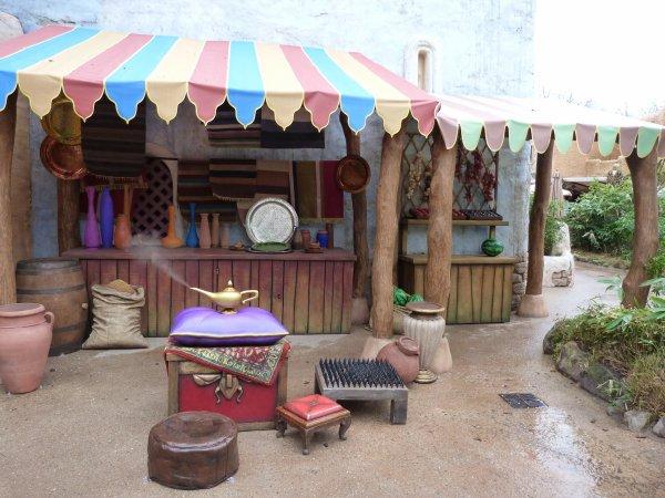 [Photolocation] La Lampe Magique d'Aladdin à Adventureland 2990388823_1_3_I8NihOKH