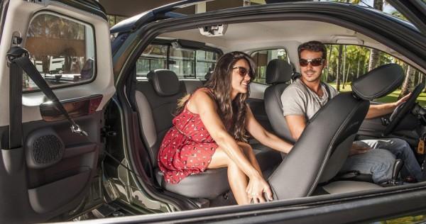 Así funciona la tercera puerta de la nueva Fiat Strada 2014 Strada-600x316