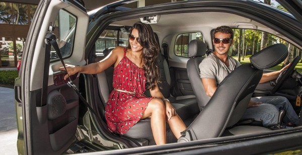 Así funciona la tercera puerta de la nueva Fiat Strada 2014 Strada1-600x309