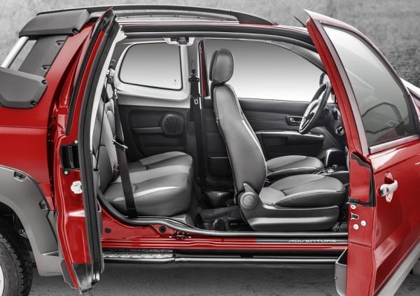 Así funciona la tercera puerta de la nueva Fiat Strada 2014 Strada4-600x423