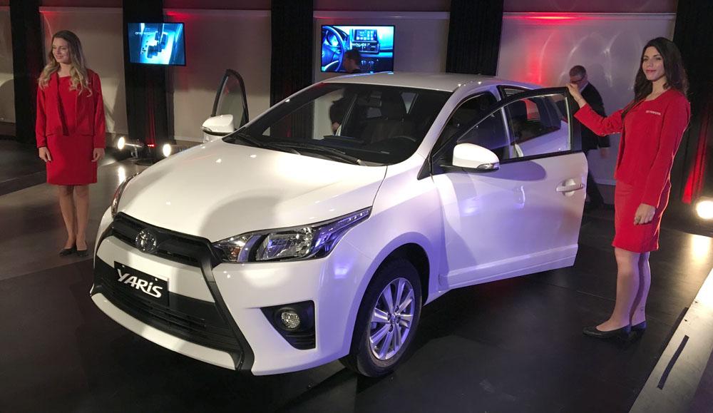 Lanzamiento: Toyota Yaris en Argentina APUNTES-TOYOTA-YARIS-1
