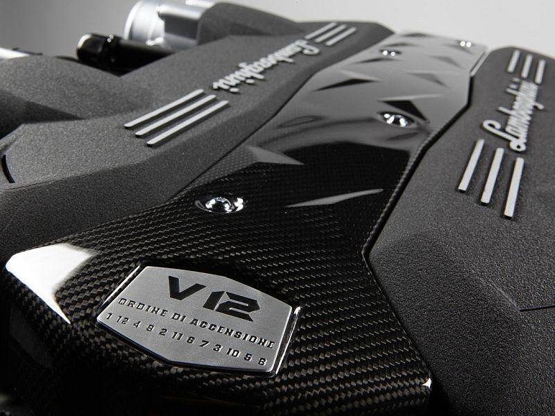 il motore borbotta e va a scatti in ripresa - S1 - Pagina 2 Lamborghini-murcielago-v12-engine