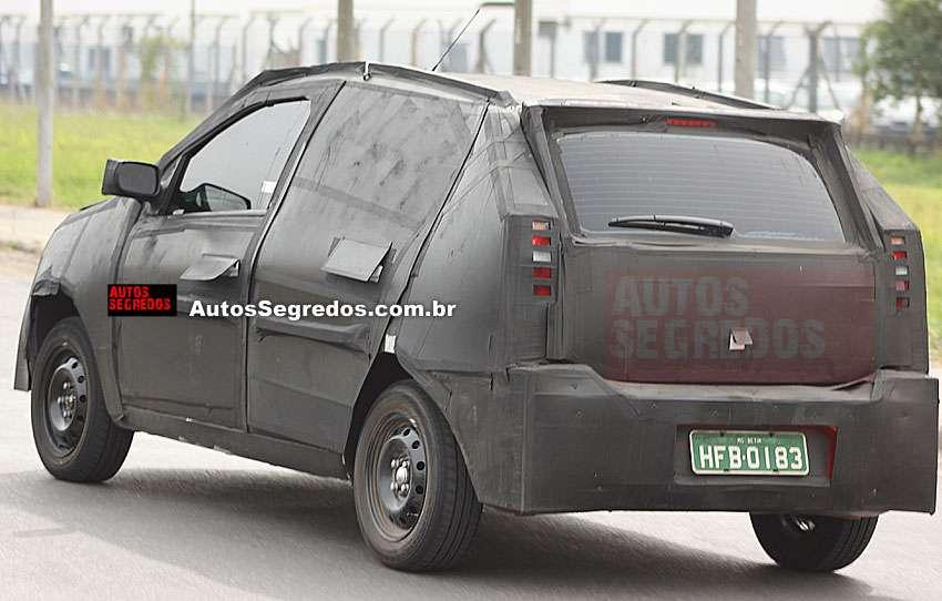 2011 - [Fiat] Palio / Sienna Flagra326blog3