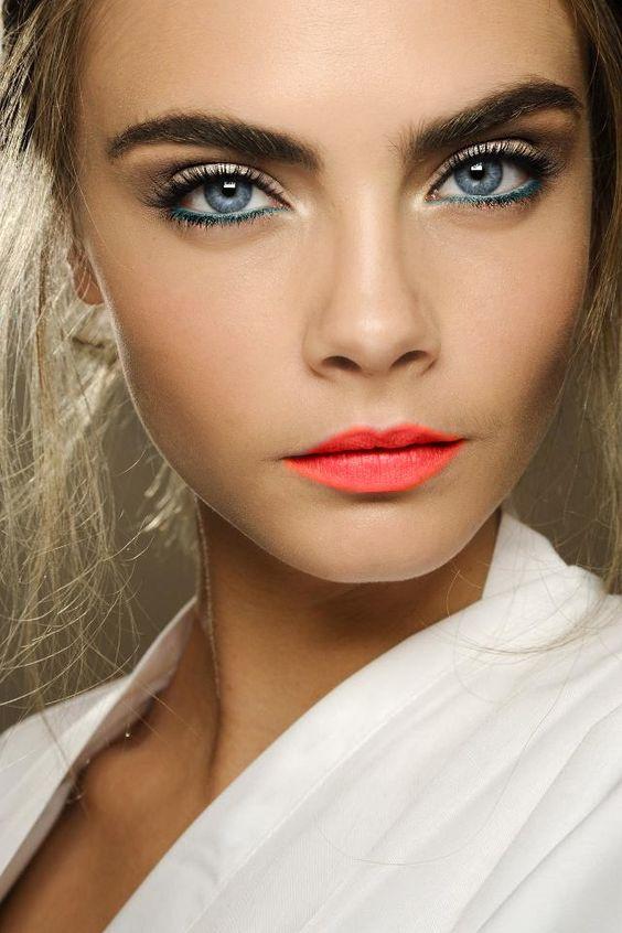Tutoriales maquillaje de ojos - Página 23 Maquillages-pour-sublimer-les-yeux-bleus22