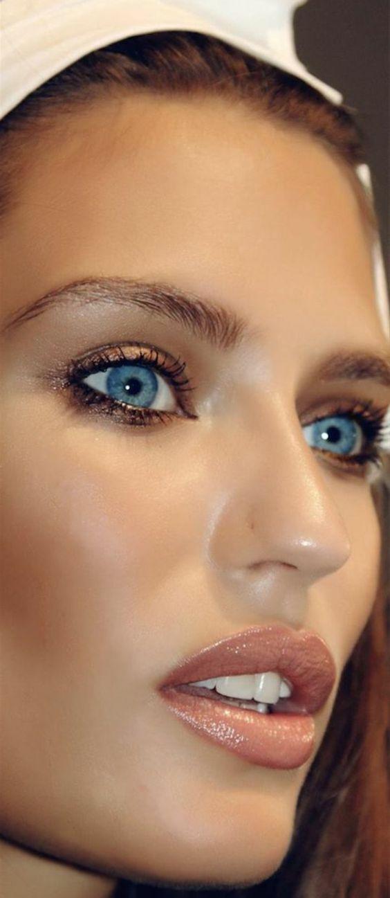 Tutoriales maquillaje de ojos - Página 24 Maquillages-pour-sublimer-les-yeux-bleus31