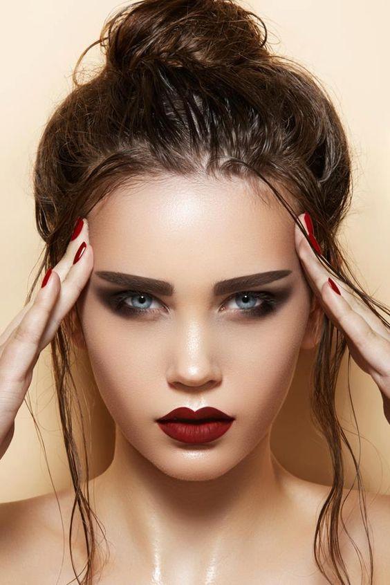 Tutoriales maquillaje de ojos - Página 24 Maquillages-pour-sublimer-les-yeux-bleus33
