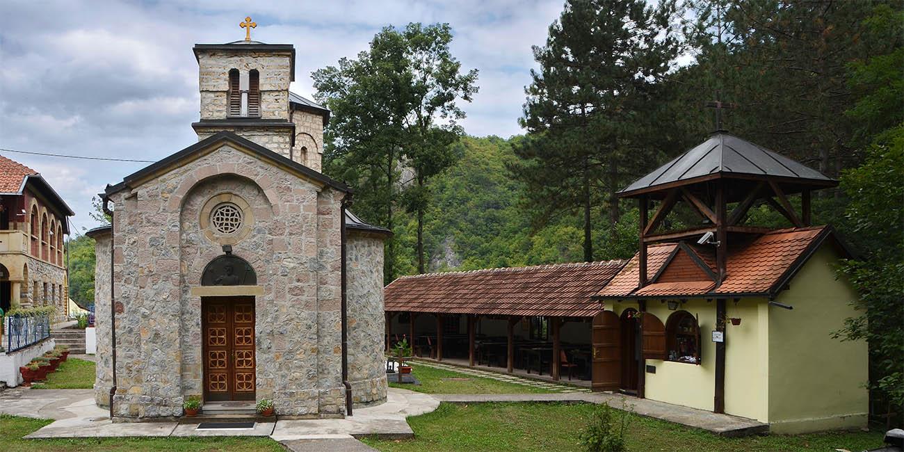Ovčarsko-kablarska klisura - mala srpska Sveta Gora Jovanje