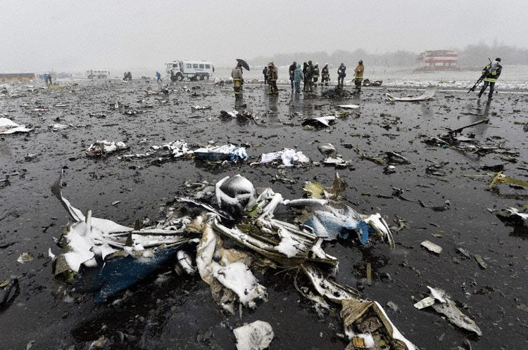 Crash Flydubai FZ981 (Rostov sur le don) Flydubai_b738_a6-fdn_rostov_160319_3