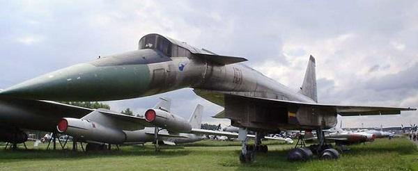 موسوعة طائرات السوخوي 56