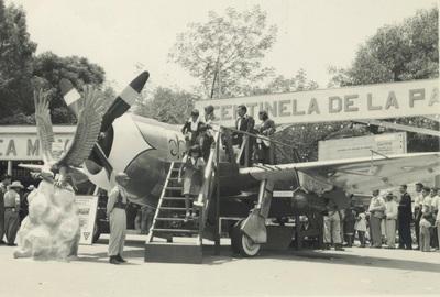 """P-47 D """"Centinela de la Patria"""" (Foto del Mes). 4603712"""