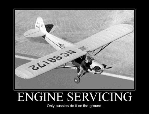 Ce avion este acesta? - Pagina 5 Engine-servicing
