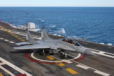المقاتلة البحرية mig29 k 14_MiG-29KUB_main-450x300