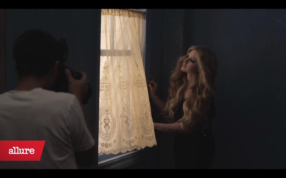 Promoción era  » 'Avril Lavigne' - Página 44 Normal_021