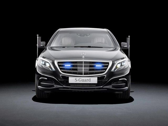 Mercedes-Benz  - Page 2 21069334253e0c5f5695e6530630871_big