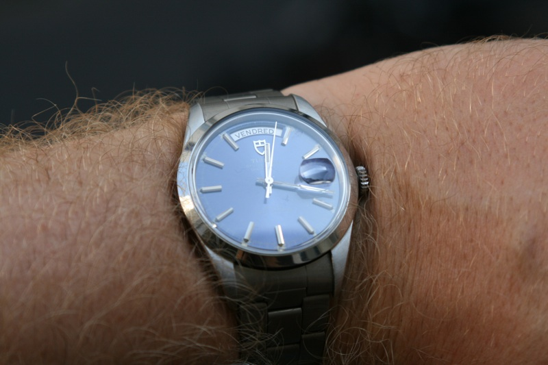 Les montres avec le Jour en français ! IMG_0037