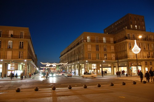 Photos de nuit des décorations de Noël dans votre ville M-paris_street