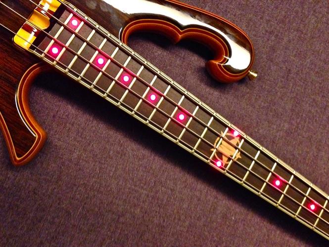 Star Bass - Parceria entre o Luthier Ademir e PJ Star2