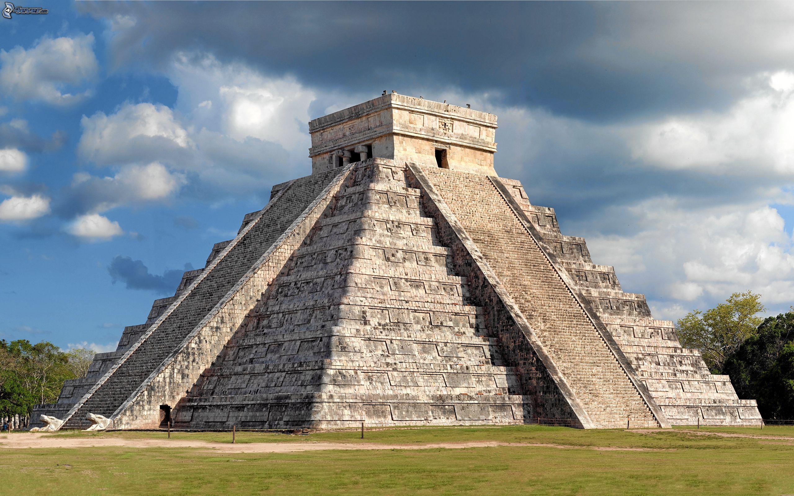 Los mejores sitios de interés turístico del planeta Chichen-itza-piramide-171126