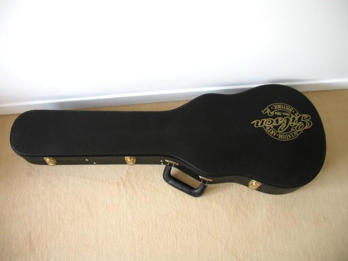 Gibson Les Paul Goldtop Reissue 57 Custom Authentic LP_case_ferm%e9
