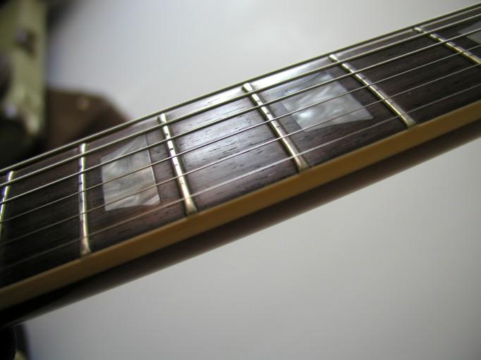 Gibson Les Paul Goldtop Reissue 57 Custom Authentic LP_cot%e9_manche