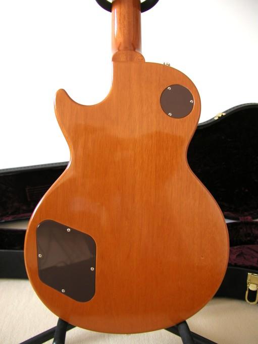 Gibson Les Paul Goldtop Reissue 57 Custom Authentic LP_dos_corps