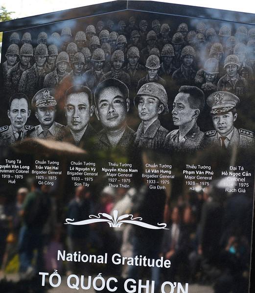 tuan - 30-4-1975: Những Vị Tướng VNCH đã Tuẫn Tiết  Ssjm0406vietwall05-L