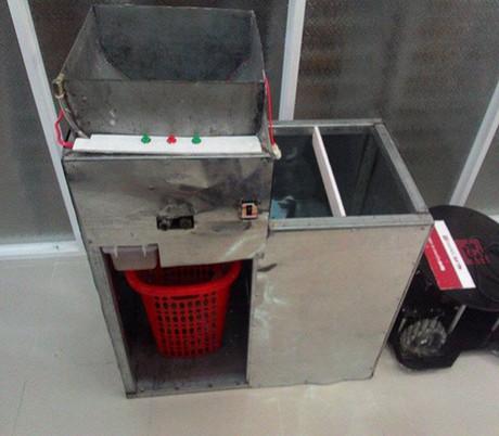 Sinh viên Đà Nẵng sản xuất phân bón từ rác thải hữu cơ 2_75217