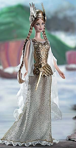Девочки играют в куклы Princess-vikings-barbie1