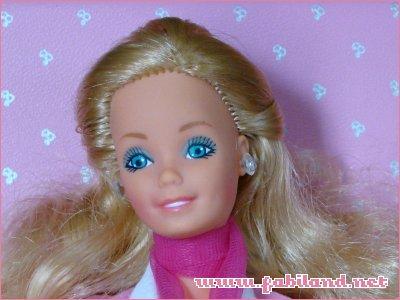 Retrouvailles avec Barbie et co. Bar_vis_daytonightb