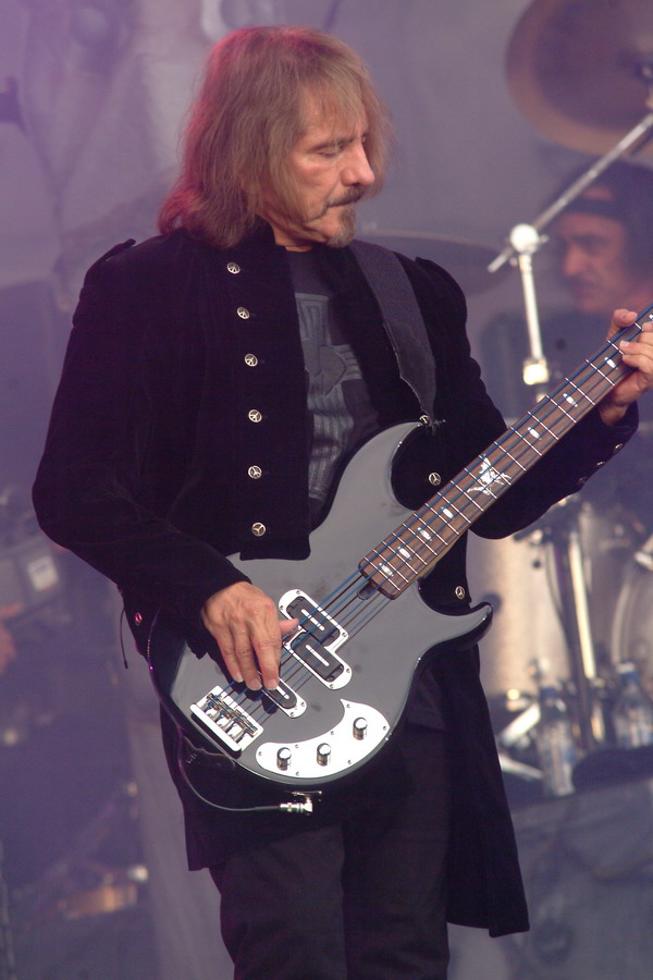 Lakland Geezer Butler signature bass - Página 6 Bfmn-heaven-and-hell-geezer-butler