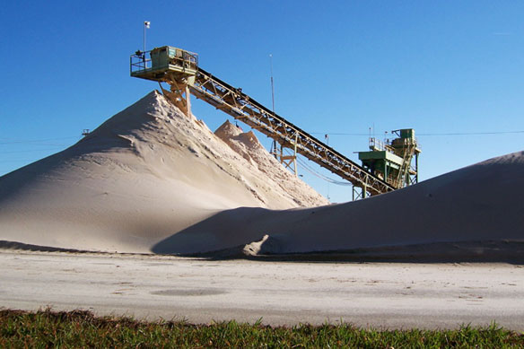 Ecology and  How to slove global warming  Sand-mining-texas