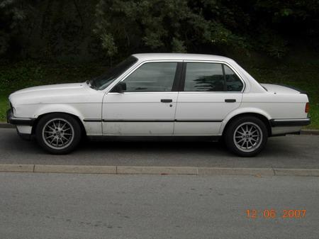 Calendrier BMW E 30 Bmw320i_00166