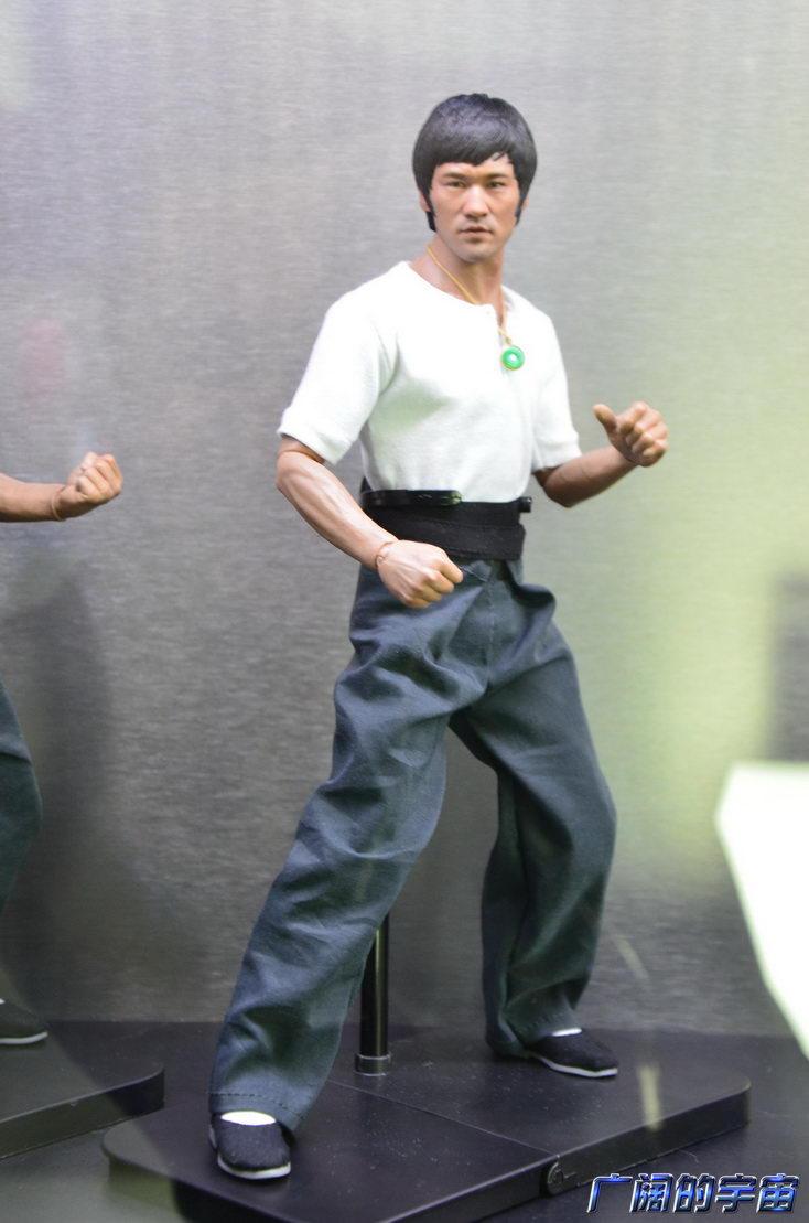 "[Enterbay] Bruce Lee  ""The Big Boss"" - 1/6 Real Masterpiece - Página 4 224454ty7n7c61chnidqcs"