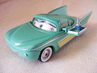 Les cars disponibles uniquement en loose Flo_with_tray_lenticular