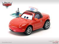 Les cars disponibles uniquement en loose Mia_with_tray