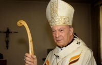 Mgr LEONARD : leader catholique capable de ranimer la foi en Occident. 3857625582